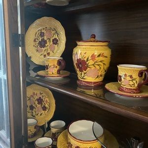 Beatirful collection of Casa Vero dishes